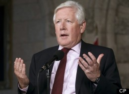 Interim federal Liberal Leader Bob Rae says the party continues to stand behind the Keystone XL oilsands pipeline project. (CP)
