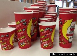 Are you more likely to win a Roll Up The Rim To Win prize if you buy a larger size drink? We put it to a test. (HuffPost Canada)