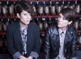 Tegan and Sara release their new lyric video for 'Goodbye, Goodbye'