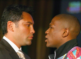 Floyd Mayweather ofreció una disculpa a Oscar De La Hoya
