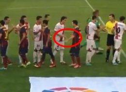 Lionel Messi tuvo un incidente con Raúl Baena
