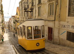 Depending on where you're from, an interesting experiment conducted around the world could help restore your faith in mankind — or leave you feeling mildly demoralized, like in Lisbon, Portugal (Getty).