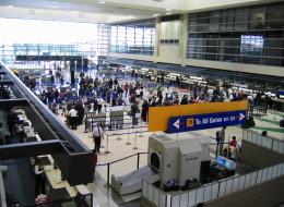 Tiroteo en aeropuerto de Los Ángeles. Varios heridos.