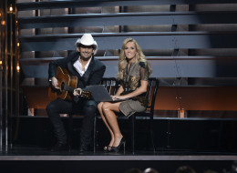 THE 47TH ANNUAL CMA AWARDS - THEATRE - 'The 47th Annual CMA Awards' airs live from the Bridgestone Arena in Nashville on WEDNESDAY, NOVEMBER 6 (8:00-11:00 p.m., ET) on the ABC Television Network.  (Photo by Todd Wawrychuk/ABC via Getty Images) BRAD PAISLEY, CARRIE UNDERWOOD