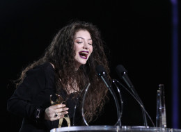 AUCKLAND, NEW ZEALAND - NOVEMBER 21:  Lorde 'Ella Yelich-O'Connor' wins Single of the Year, breakthrough artist of the year, and the people's choice award  during the New Zealand Music Awards on November 21, 2013 in Auckland, New Zealand.  (Photo by Fiona Goodall/Getty Images)