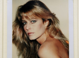 'Farrah Fawcett',  a Polaroid portrait by artist Andy Warhol, is displayed at Sotheby's during a preview of The Polaroid Collection, in New York, June 16, 2010. (EMMANUEL DUNAND/AFP/Getty Images)