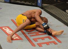 Anderson Silva broke is leg during the UFC middleweight championship bout.