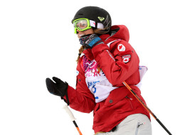 Canada's Dara Howell wins gold at the ski slopestyle final on Tuesday. (Mike Ehrmann/Getty Images)