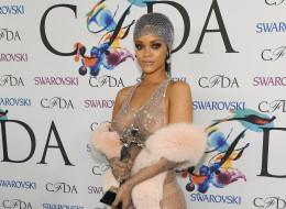 Rihanna sacrée par les 'Oscars de la mode' américaine à New York le 2 juin 2014