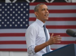 President Barack Obama speaks on the economy at the Lake Harriet Band Shell in Minneapolis, Minnesota on Friday. (MANDEL NGAN/AFP/Getty Images)