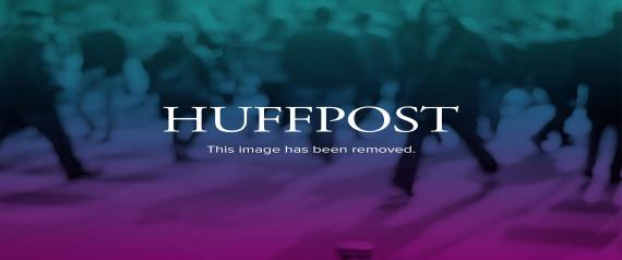http://i0.huffpost.com/gen/1903573/thumbs/n-CHETAN-BHAGAT-large570.jpg