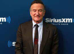 Robin Williams poses at SiriusXM's 'Town Hall' series at SiriusXM Studios on September 25, 2013 in New York City.  (Photo by Robin Marchant/Getty Images)