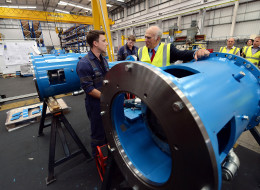 To celebrate the launch of the Apprenticeships Get In, Go Far campaign, Vince Cable visits the Siemens factory in Leeds