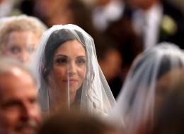 El papa Francisco casa a divorciados y 'pecadores'
