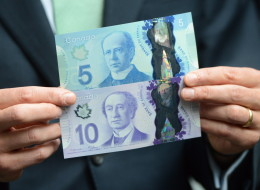 The Bank of Canada is in hot water again over bank note design, just days after it revamped its policies to avoid more embarrassing controversies about the country's currency.