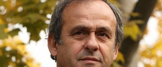 Michel Platini a peur d'Ebola et souhaite le report de la CAN 2015.