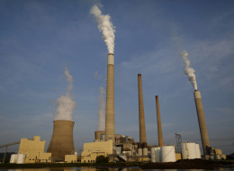 Emissions rise from the American Electric Power Co. Inc. coal-fired John E. Amos Power Plant in Winfield, West Virginia. (Luke Sharrett/Bloomberg via Getty Images)