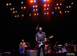 Seminal Idaho indie-rockers Built To Spill perform in Los Angeles and are headlining Noise Pop.
