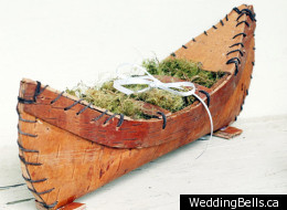 Fun ways to add some Cancon to your wedding.