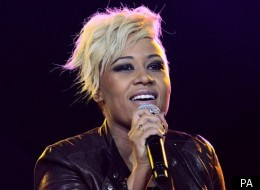 Emeli Sande picks up a Brit Award