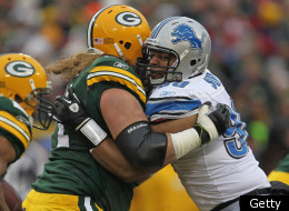 GREEN BAY, WI - JANUARY 01: Ndamukong Suh #90 of the Detroit Lions rushes against Josh Sitton #71 of the Green Bay Packers at Lambeau Field on January 1, 2012 in Green Bay, Wisconsin. The Packers defeated the Lions 45-41. (Photo by Jonathan Daniel/Getty Images)