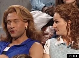 Derek Jeter dressed up in drag during one of our favorite athlete appearances on Saturday Night Live.