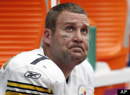 Pittsburgh Steelers quarterback Ben Roethlisberger watches the NFL football game from the bench in the final minutes, Sunday, Oct. 2, 2011, in Houston. The Texans won 17-10. (AP Photo/Eric Gay)