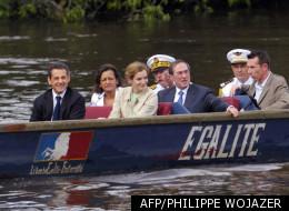 Nicolas Sarkozy accompagné de la délégation française en Guyanne.
