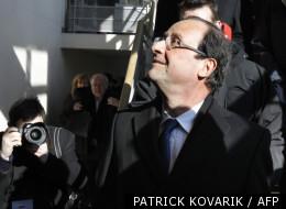 Le candidat socialiste, François Hollande, le 6 février 2012 lors d'un déplacement à Dijon