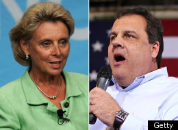 Washington Gov. Chris Gregoire (D) has pledged to personally contact New Jersey Gov. Chris Christie (R) to discuss same-sex marriage legislation.