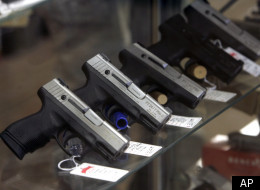 A gun registry, proposed Thursday by Chicago Mayor Rahm Emanuel, would introduce new requirements and fines for handgun owners throughout Illinois.