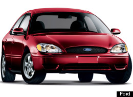 The National Highway Traffic Safety Administration has opened an investigation into 2005 and 2006 Ford Taurus and Mercury Sable sedans for potential sudden acceleration problems.