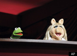 The Muppets, Kermit the Frog, left and Miss Piggy rehearse for the 84th Academy Awards, Saturday, Feb 25, 2012 in Los Angeles. (AP)