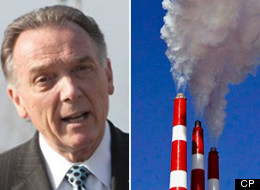Environment Minister Peter Kent announced Wednesday that Canada's greenhouse-gas emissions remained stable in 2010 even as the economy grew. (CP)