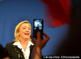 Marine Le Pen lors de son discours à l'espace Equinox, dimanche 22 avril 2012