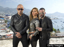 Jennifer Lopez, Wisin y Yandel: 'Follow the Leader'
