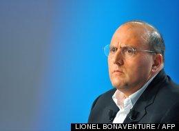 Le député (PS) de l'Essonne Julien Dray le 9 septembre 2009 dans un studio de la chaîne Canal+.