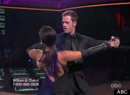 William Levy junto a Cheryl Burke en la semifinal de Dancing with the Stars el 14 de mayo del 2012