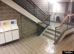 Infiltrations d'eau à l'UQAM, le 29 mai 2012. (Twitter)
