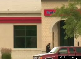 Police on the scene at the Bank of America branch that was robbed Saturday. (ABC Chicago)