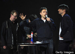 Blur to debut two new songs