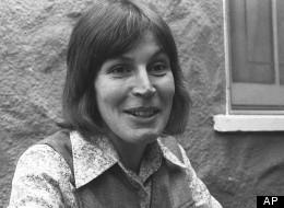 Helen Reddy's retirement ends.