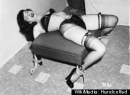 WikiMedia: Handcuffed