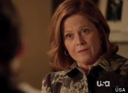 Elaine (Sigourney Weaver) and Susan (Carla Gugino) discuss T.J.'s condition on