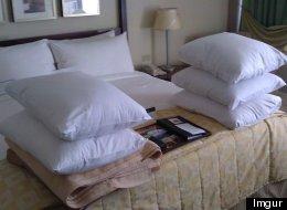 Pillow talk? Unbelievable steps a Winnipeg hotel took to please a customer (Gord Relph/Imgur)
