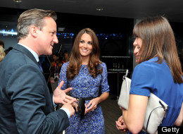Kate Middleton shops her closet again to celebrate the end of the Olympics at the closing ceremony.