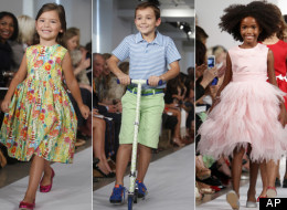 Oscar de la Renta presenta su colección para niños Primavera 2013 en la Semana de la Moda en Nueva York.