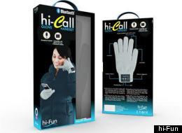 hi-Call cuenta con auricular y micrófono en la punta de los dedos.