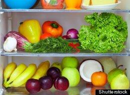 Colocar los alimentos en su lugar adecuado en la nevera, ayudará a que duren más.