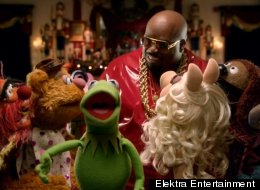 Cee-Lo Green has released a new music video for his holiday song,